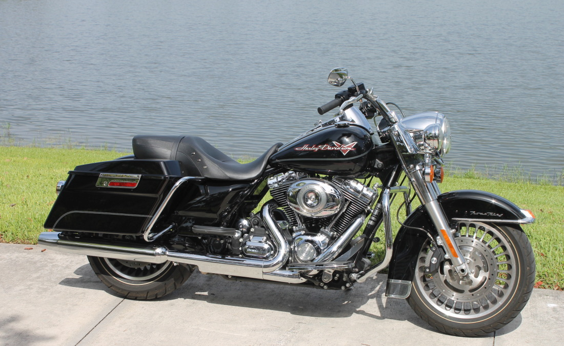 2011 HARLEY DAVIDSON FLHR 003