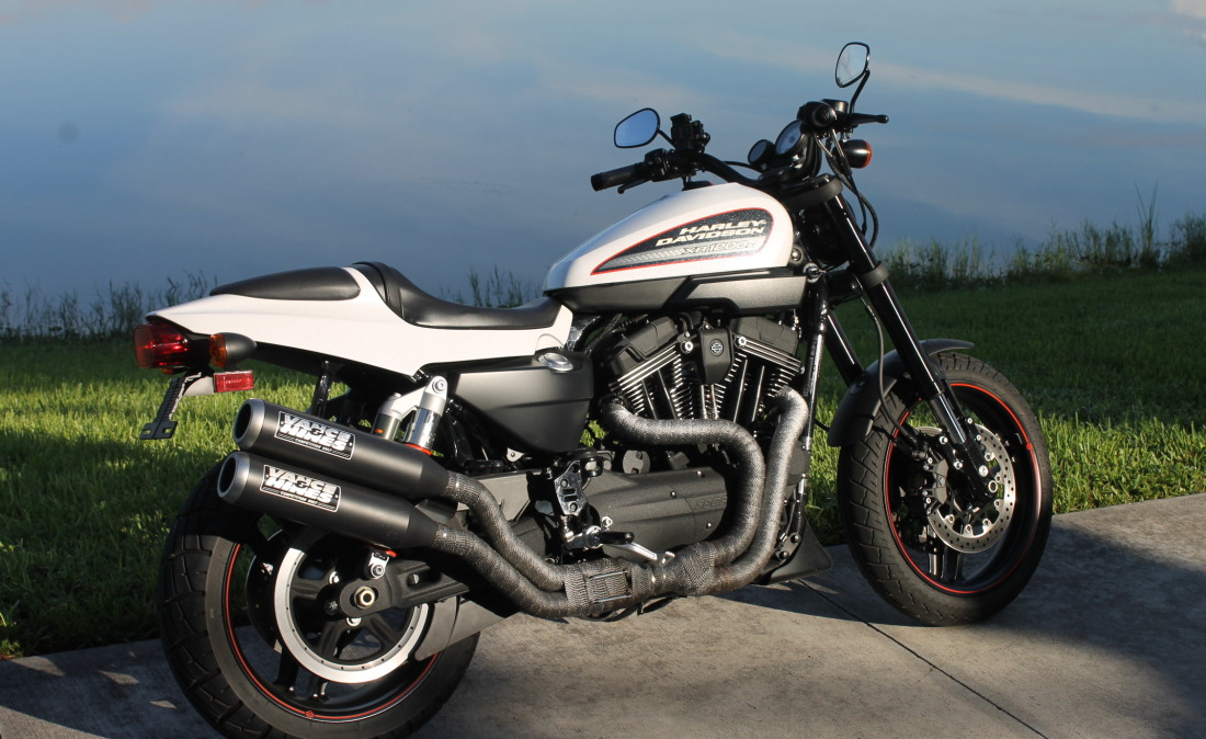 XR1200 SPOTRSTERS 006