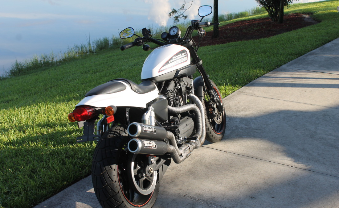 XR1200 SPOTRSTERS 007