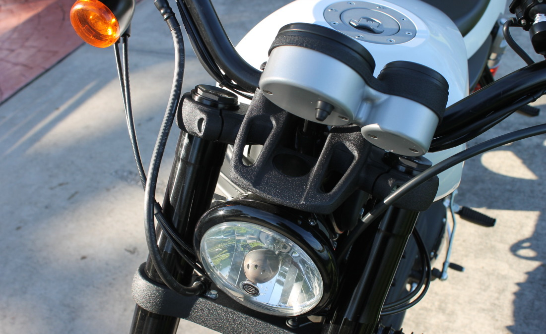 XR1200 SPOTRSTERS 034