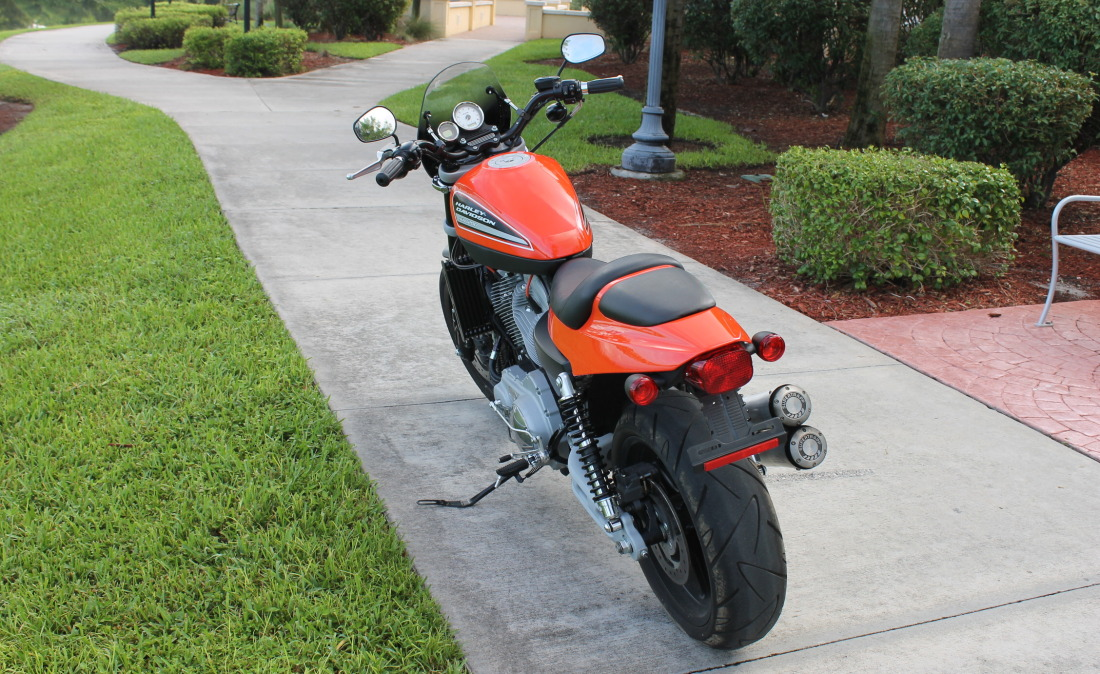 XR1200 SPOTRSTERS 045
