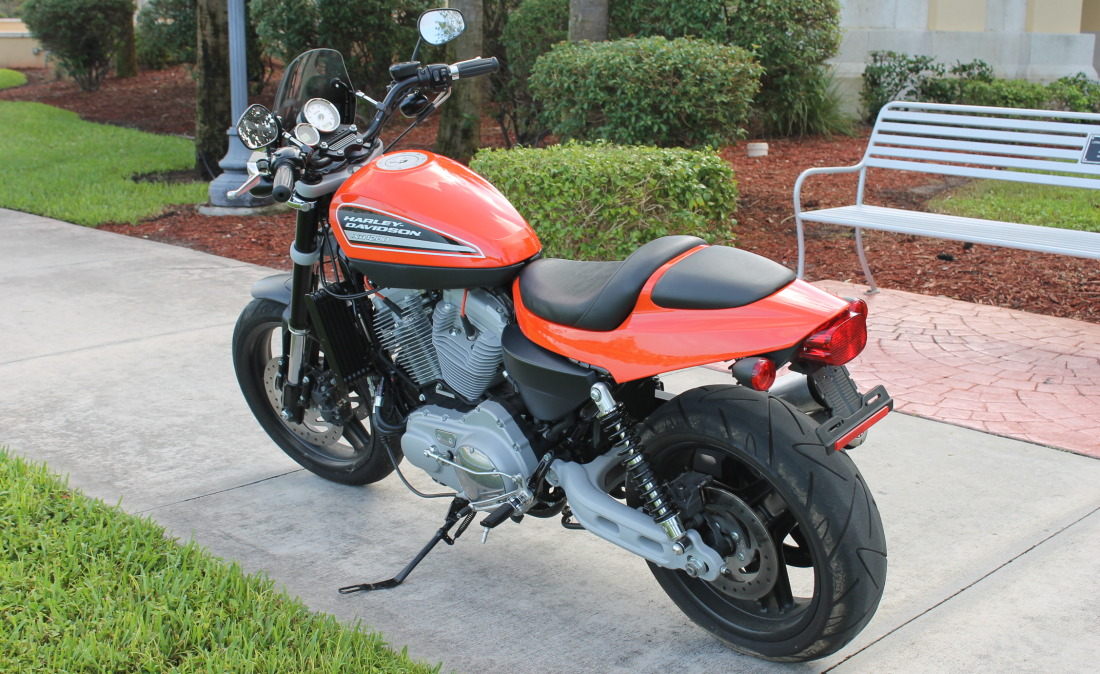 XR1200 SPOTRSTERS 046