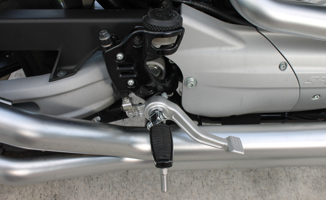 XR1200 SPOTRSTERS 059