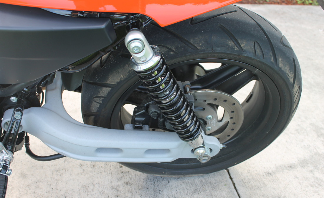 XR1200 SPOTRSTERS 063