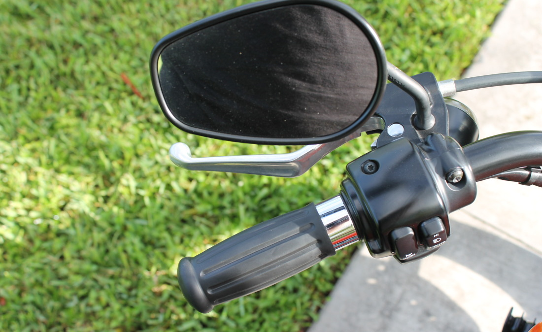 XR1200 SPOTRSTERS 070