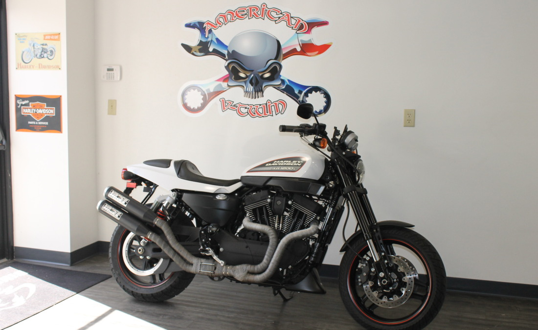 XR1200 SPOTRSTERS 075
